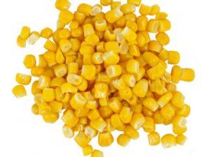 kukurydza słodkie złóte ziarenka. smakują doskonale na pizza