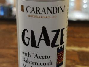 na białym tle butelka Kremu na bazie octu balsamicznego GLASSA A BASE DI ACETO BALSAMICO DI MODENA I.G.P. – CARANDINI 500ML