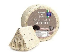 Na białym tle ser owczy z truflami PECORINO PRIMOSALE AL TARTUFO, OK. 180G