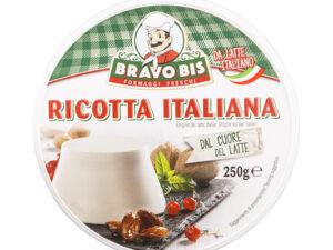 Na białym tle ser Ricotta 250g Italiana