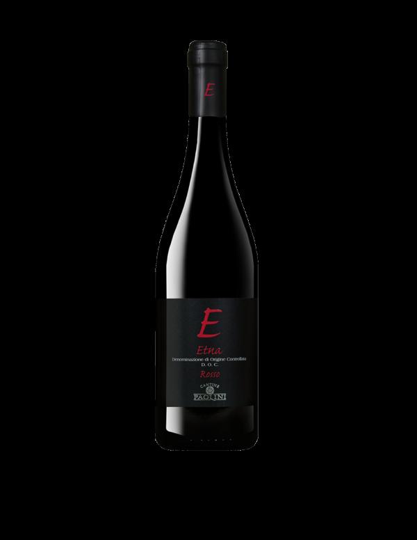 Na białym tle butelka czerwonego wina Etna Rosso DOC