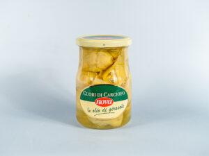 serca karczochów marynowane w oleju słonecznikowym w szklanym słoiku
